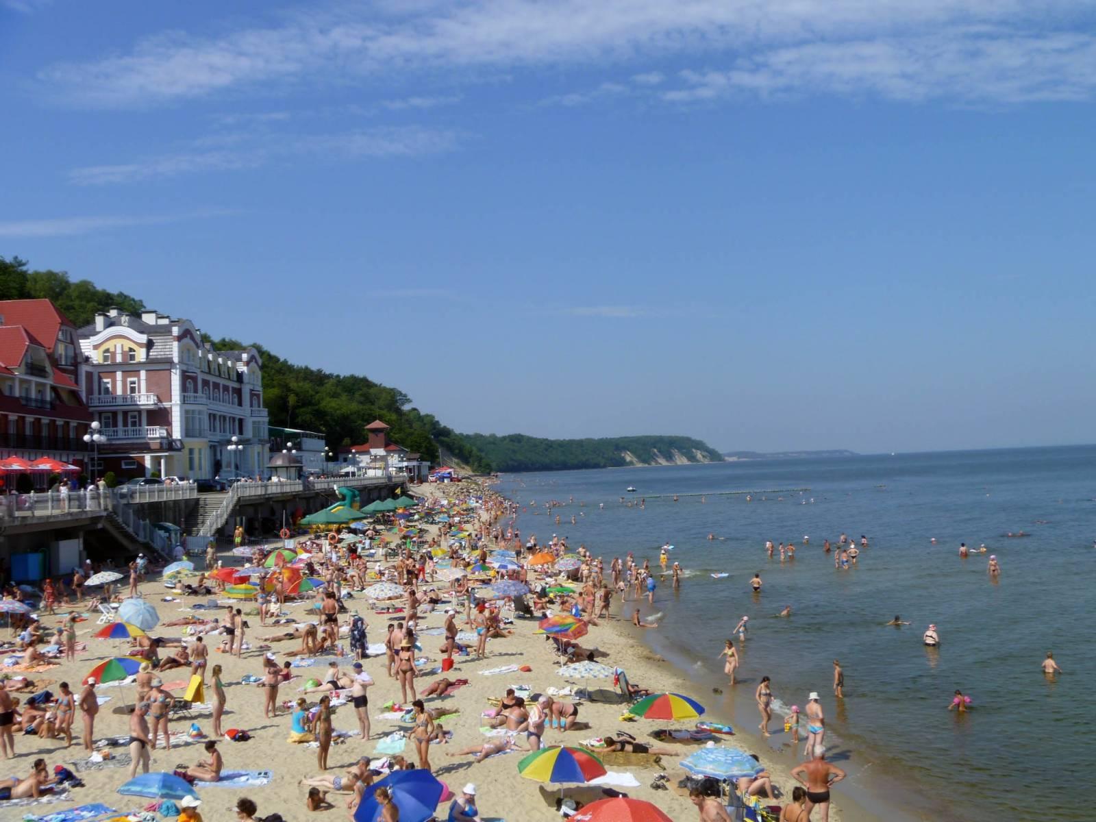 пляж светлогорска летом